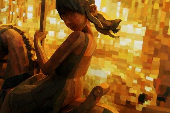 結合平面與雕塑的創作