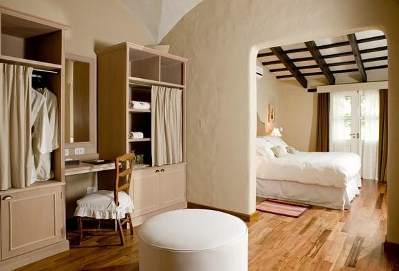House-Jasmines-in-Argentina-14-640x436.jpg