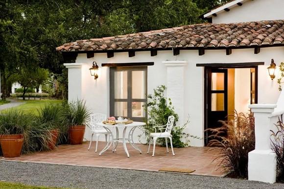 House-Jasmines-in-Argentina-22-640x426.jpg