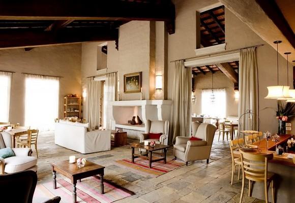 House-Jasmines-in-Argentina-8-640x441.jpg