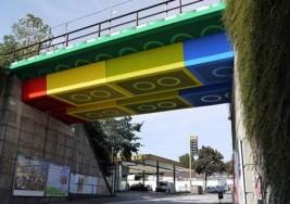 樂高救活一座無趣的橋