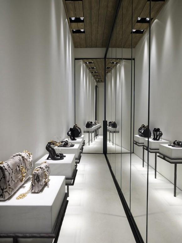 clothes-boutique-Mykonos-15.jpg